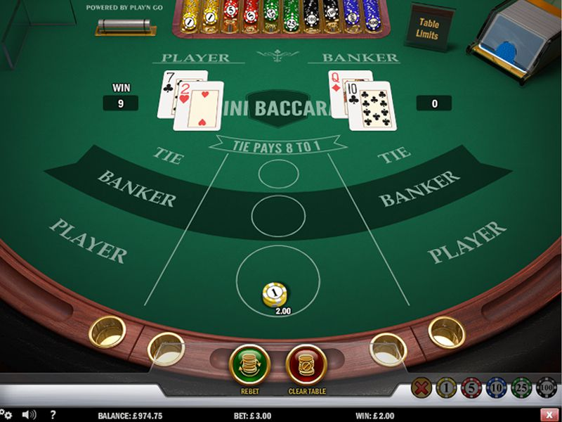 mini-baccarat-table-and-card